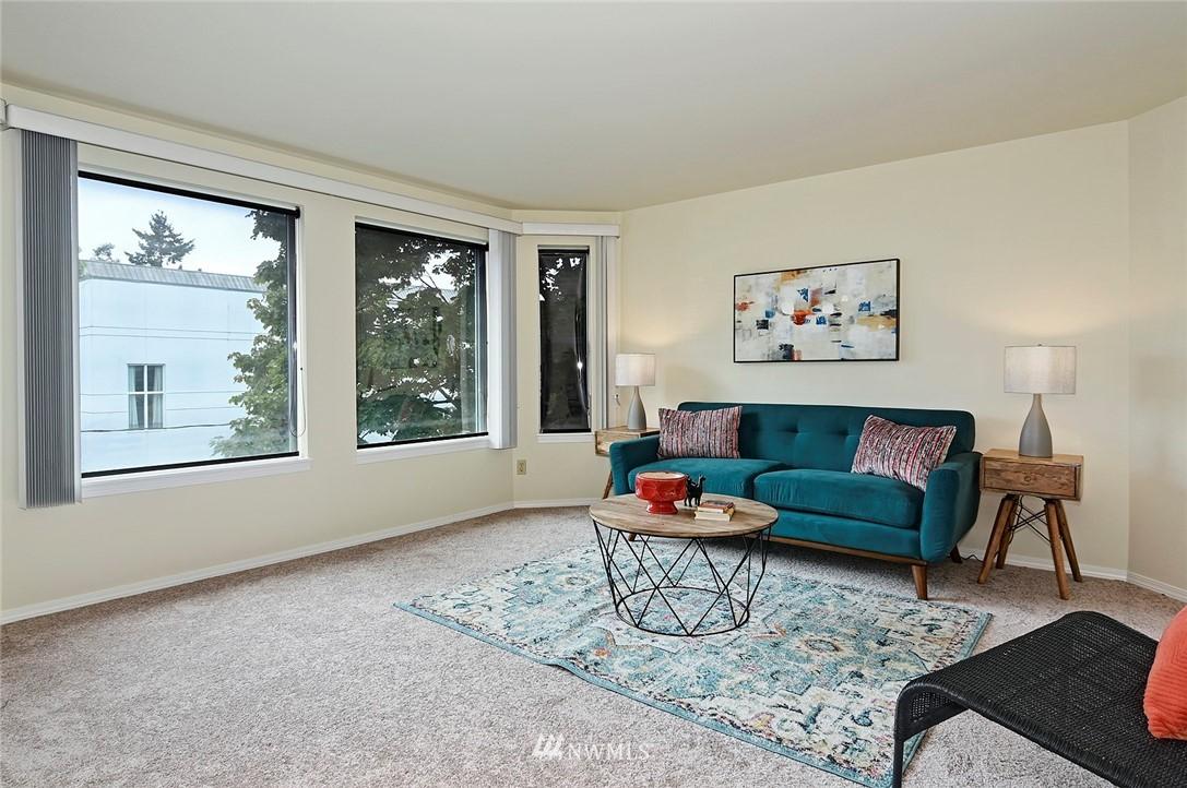 Sold Property | 2152 N 112th Street #302 Seattle, WA 98133 5