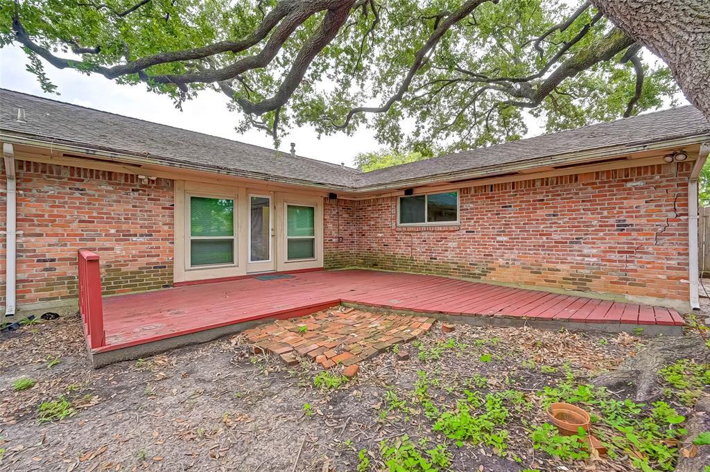 Active | 5015 Lymbar Drive Houston, Texas 77096 39