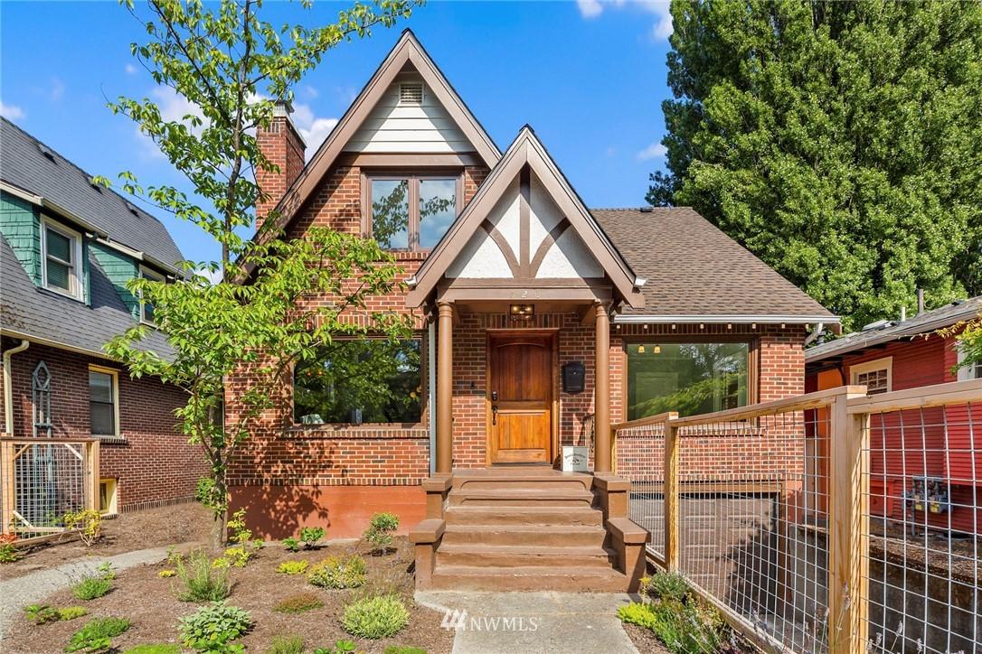 Contingent | 520 23rd Avenue E Seattle, WA 98112 0