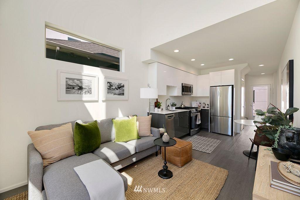 Sold Property   6700 Carleton Avenue S #C Seattle, WA 98108 3