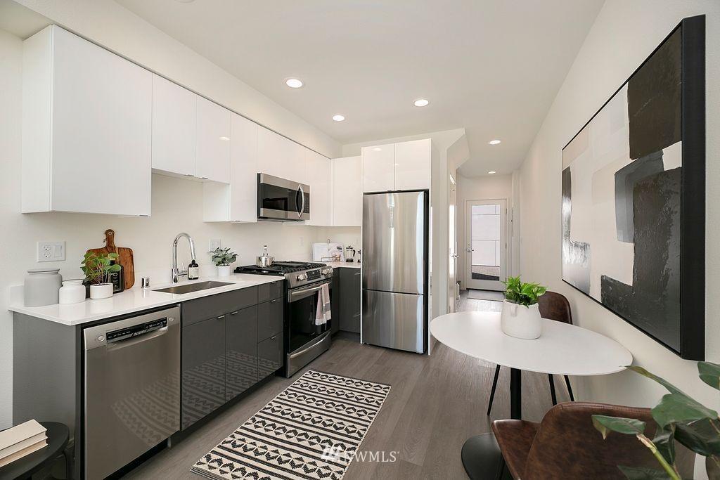 Sold Property   6700 Carleton Avenue S #C Seattle, WA 98108 5