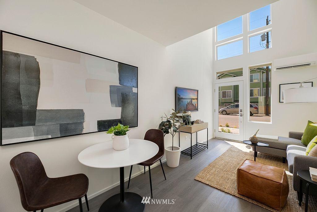 Sold Property   6700 Carleton Avenue S #C Seattle, WA 98108 8