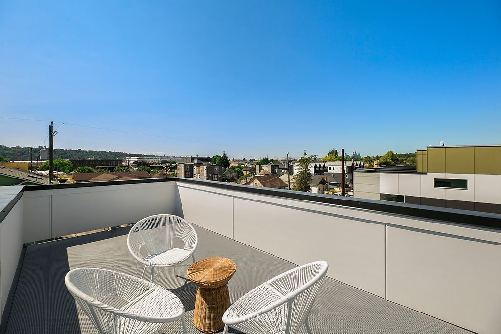Sold Property   6700 Carleton Avenue S #C Seattle, WA 98108 18