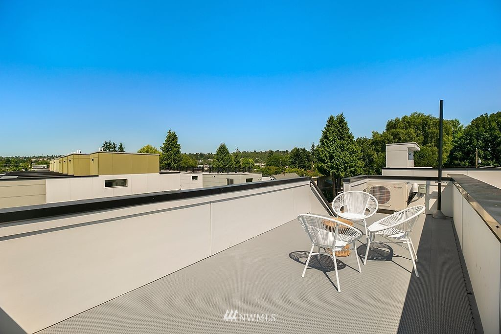 Sold Property   6700 Carleton Avenue S #C Seattle, WA 98108 19