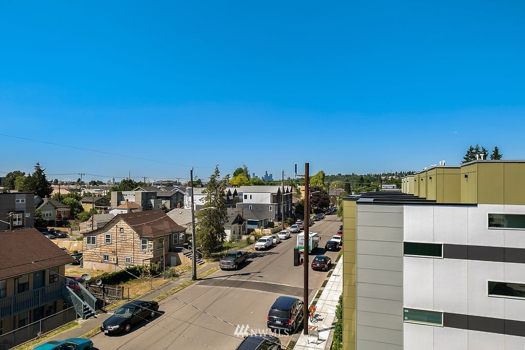 Sold Property   6700 Carleton Avenue S #C Seattle, WA 98108 21