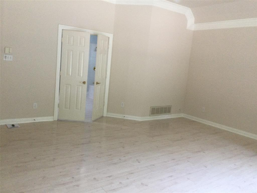Sold Property | 420 Royal Colonnade Arlington, Texas 76011 10