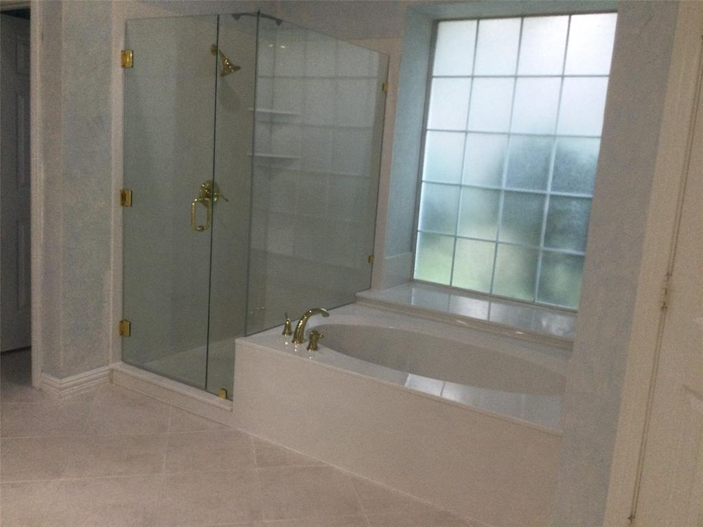Sold Property | 420 Royal Colonnade Arlington, Texas 76011 17