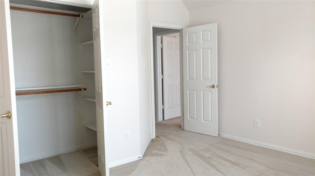 Sold Property | 420 Royal Colonnade Arlington, Texas 76011 26