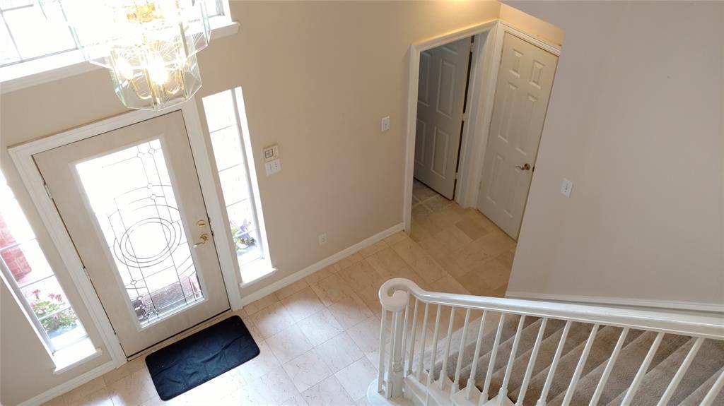 Sold Property | 420 Royal Colonnade Arlington, Texas 76011 35