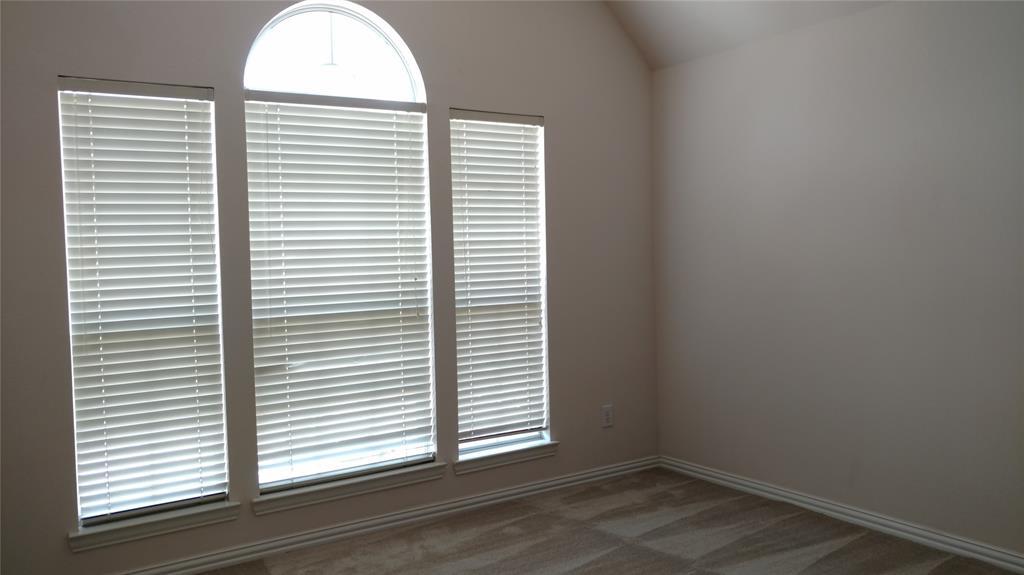 Sold Property | 420 Royal Colonnade Arlington, Texas 76011 36