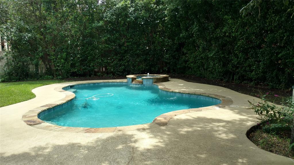 Sold Property | 420 Royal Colonnade Arlington, Texas 76011 38