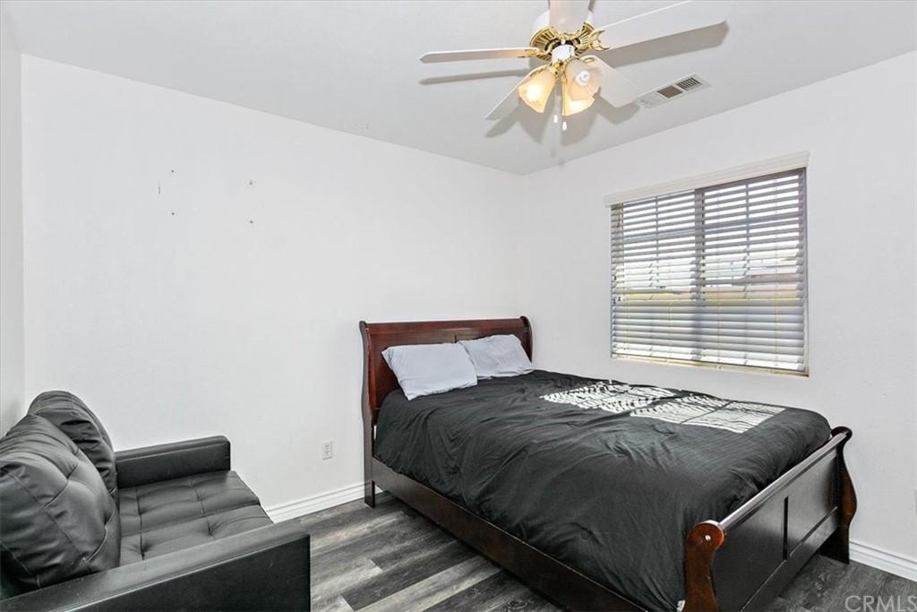 Pending   8768 7th Street Phelan, CA 92371 17
