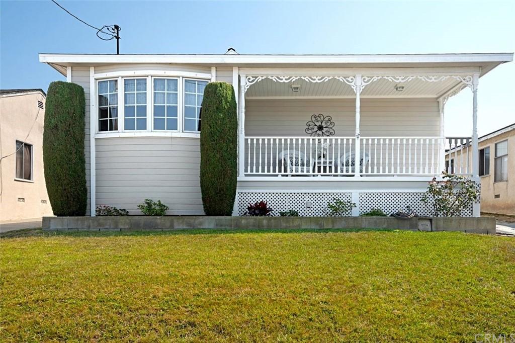Closed   4678 W 140th Street Hawthorne, CA 90250 1