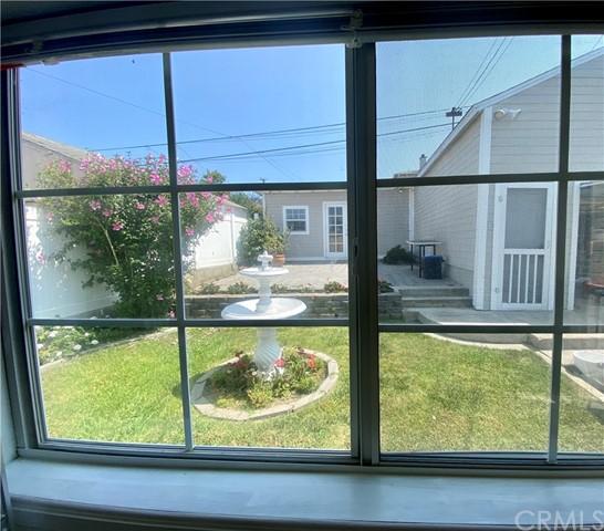 Closed   4678 W 140th Street Hawthorne, CA 90250 3