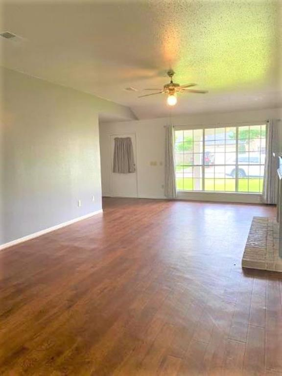 Off Market | 2511 Colleen Drive Pearland, Texas 77581 1