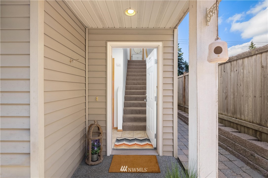 Sold Property | 1309 N 145th (Off street, back unit) Street #C Seattle, WA 98133 3