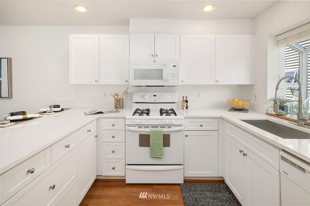 Sold Property | 1309 N 145th (Off street, back unit) Street #C Seattle, WA 98133 5