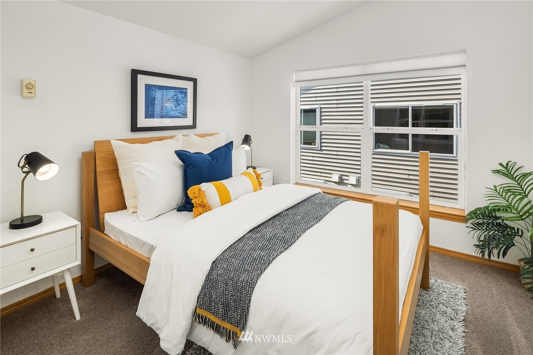 Sold Property | 1309 N 145th (Off street, back unit) Street #C Seattle, WA 98133 18