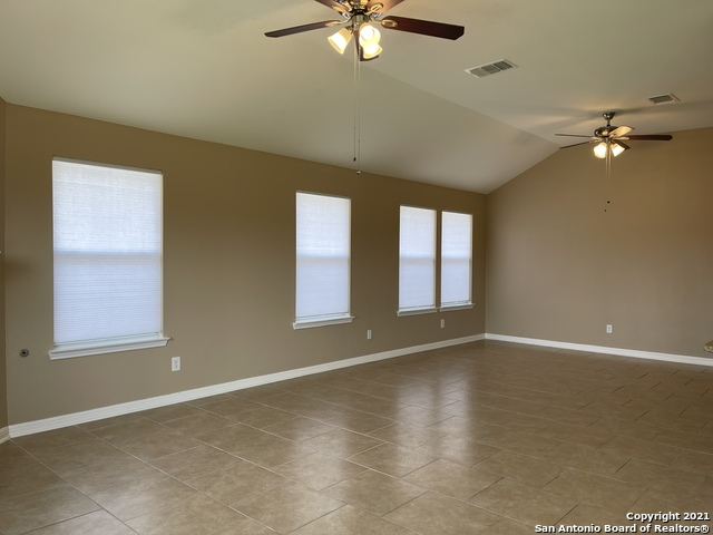 Back on Market | 8427 PIGEONBERRY DR Converse, TX 78109 11