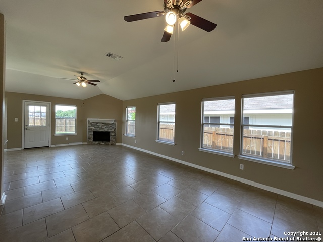 Back on Market | 8427 PIGEONBERRY DR Converse, TX 78109 3