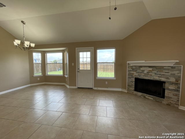 Back on Market | 8427 PIGEONBERRY DR Converse, TX 78109 4