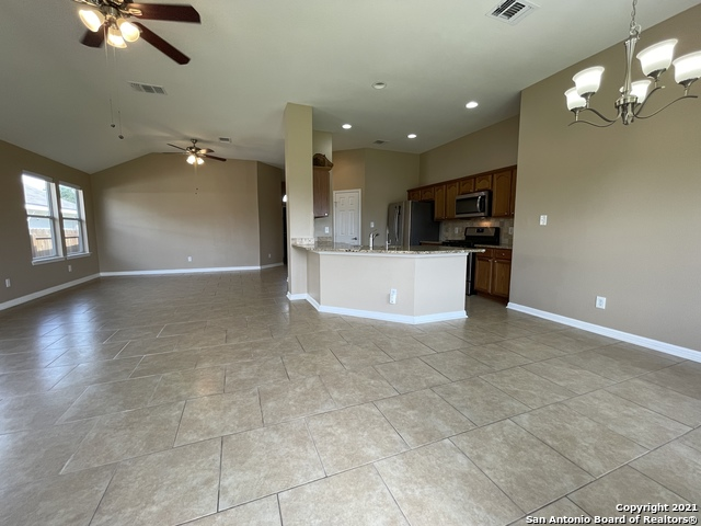 Back on Market | 8427 PIGEONBERRY DR Converse, TX 78109 5