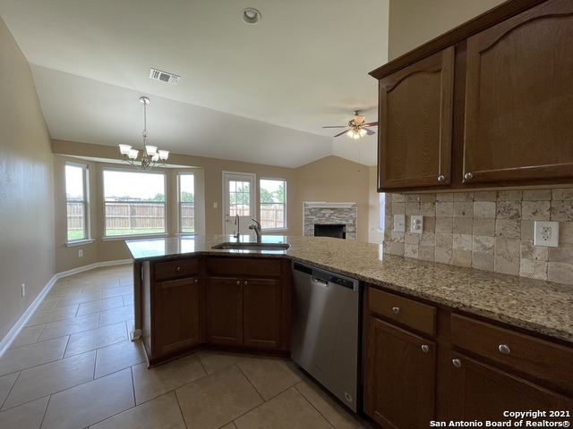 Back on Market | 8427 PIGEONBERRY DR Converse, TX 78109 6