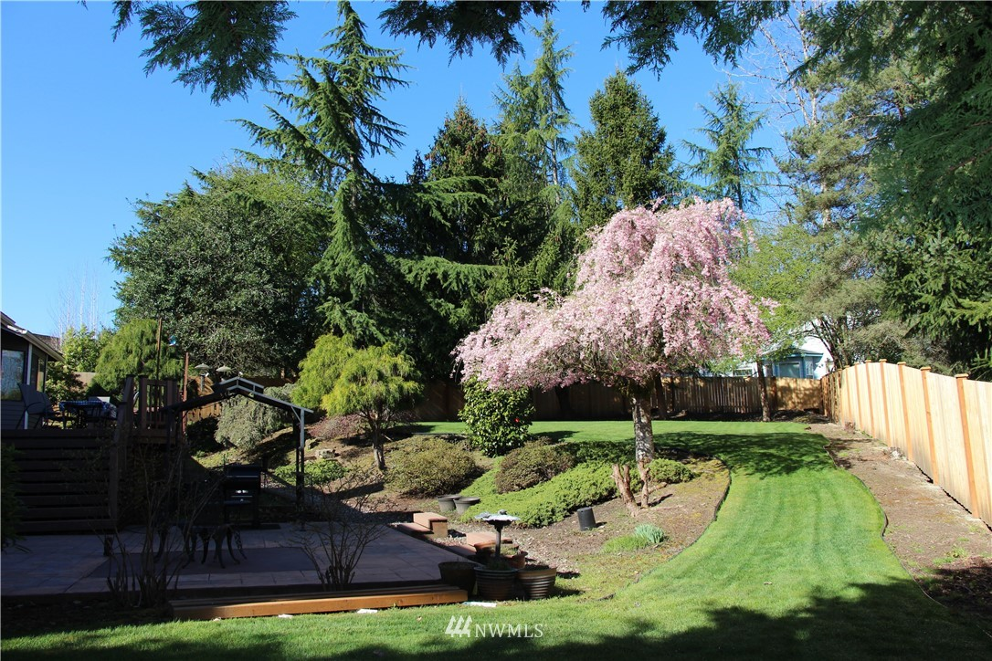 Sold Property | 2763 215th Place SW Brier, WA 98036 30