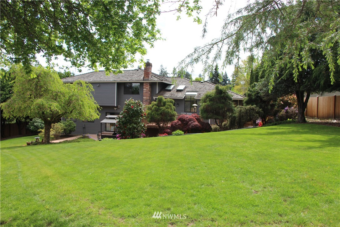 Sold Property | 2763 215th Place SW Brier, WA 98036 28