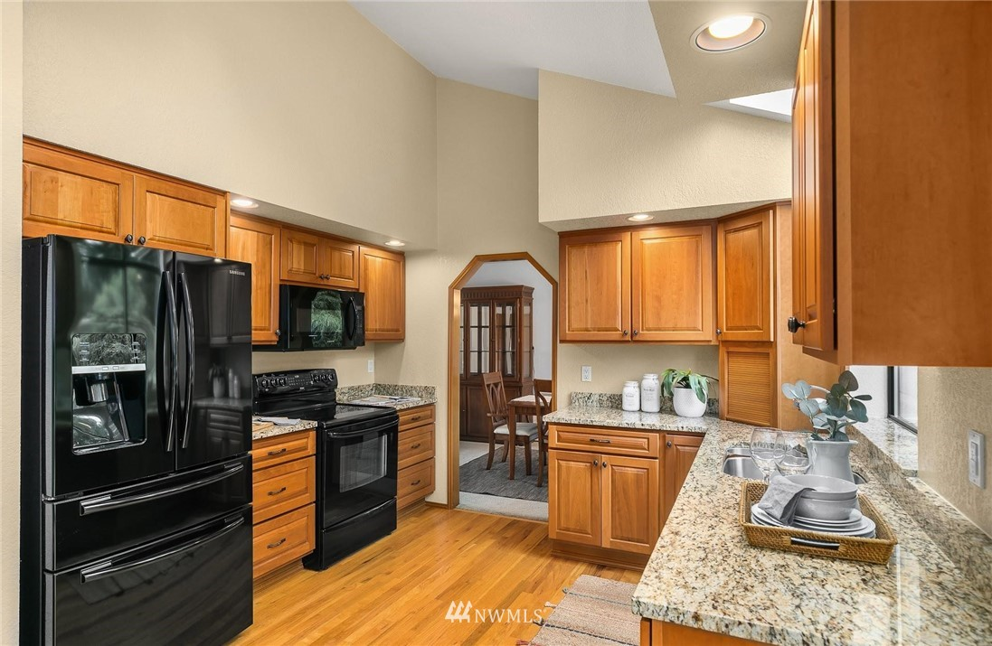 Sold Property | 2763 215th Place SW Brier, WA 98036 3