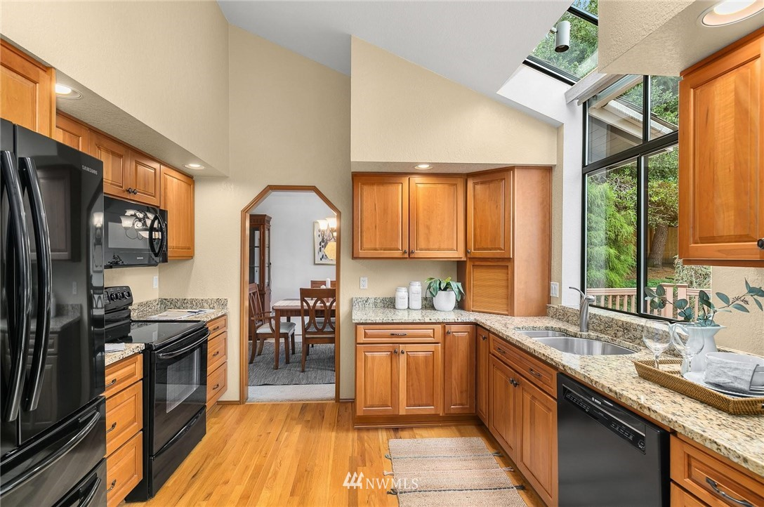 Sold Property | 2763 215th Place SW Brier, WA 98036 5