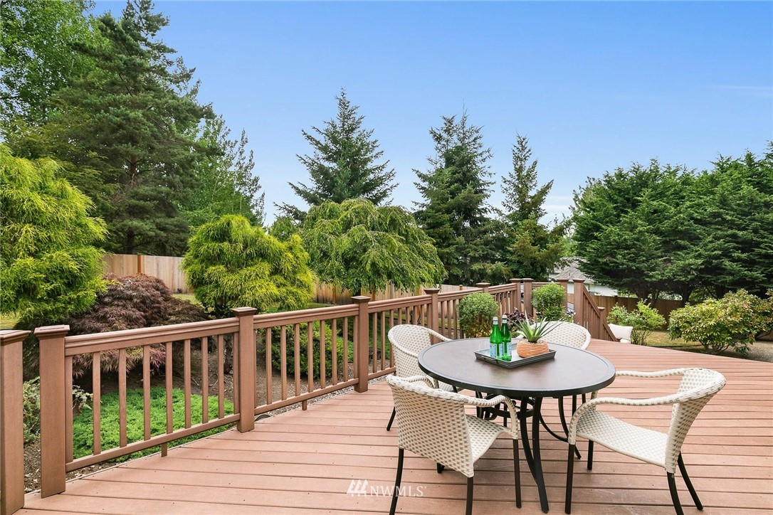 Sold Property | 2763 215th Place SW Brier, WA 98036 26