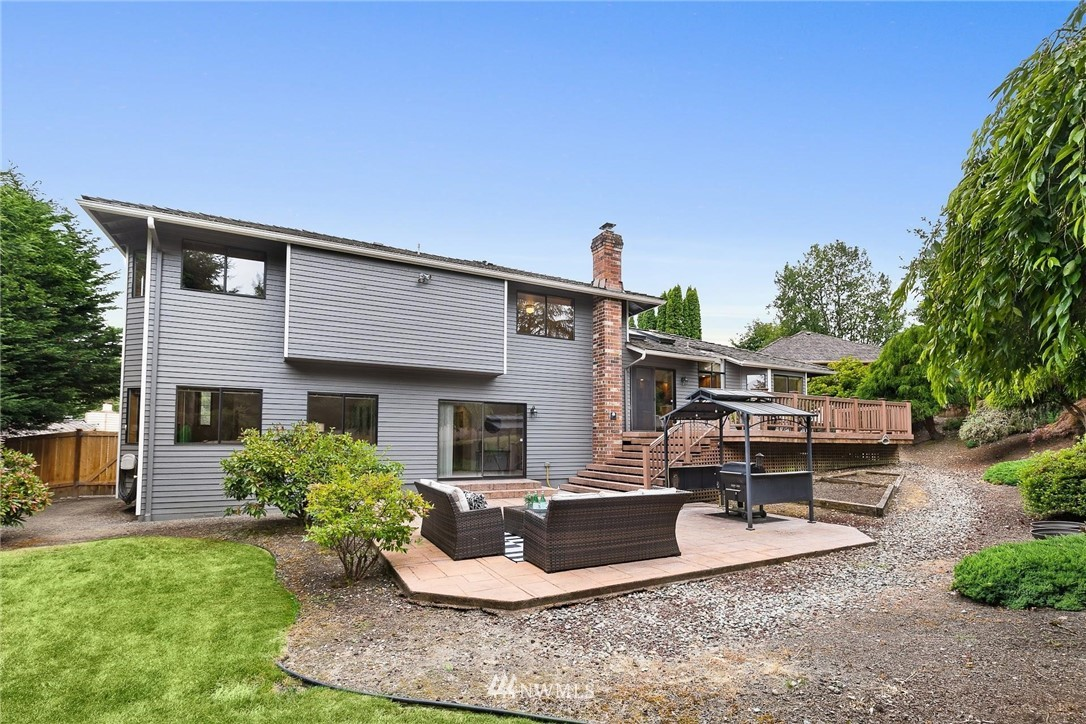 Sold Property | 2763 215th Place SW Brier, WA 98036 36