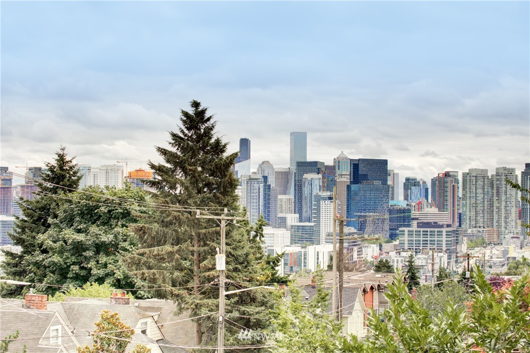 Active | 1623 Taylor Ave. North #301 Seattle, WA 98109 1