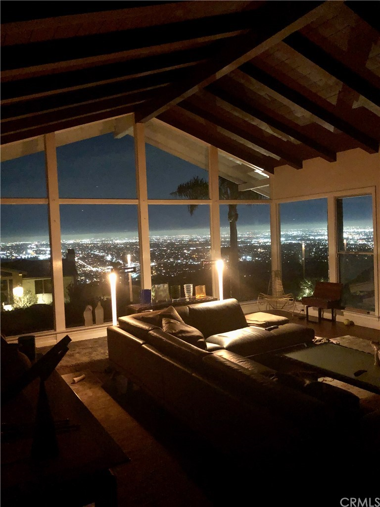 Active | 2236 Via La Brea Palos Verdes Estates, CA 90274 5