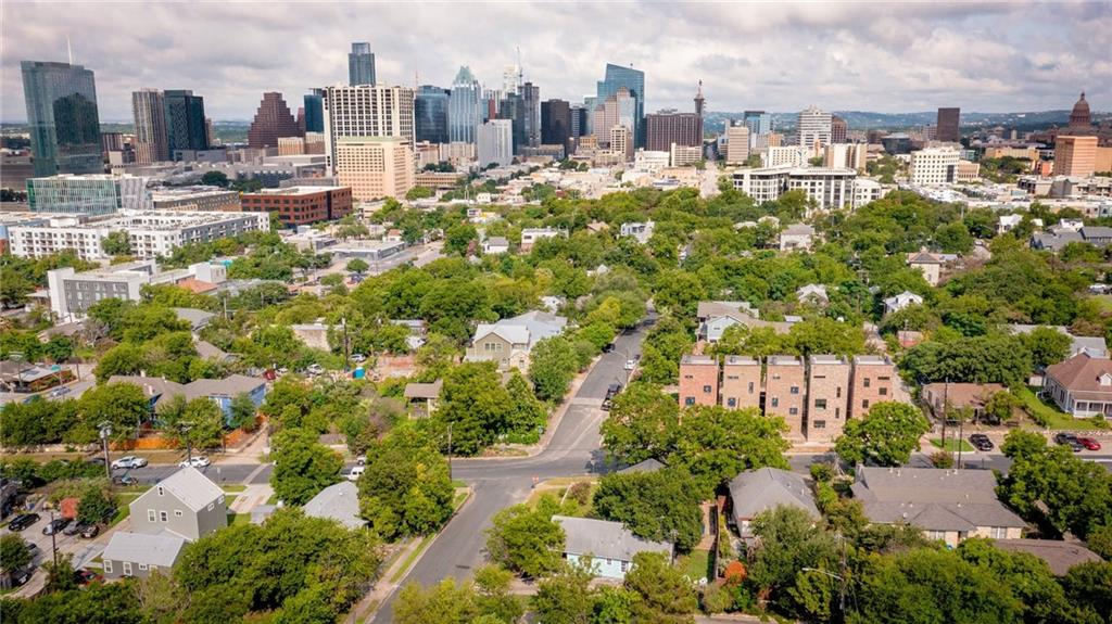 Active | 1202 E 8th Street Austin, TX 78702 1
