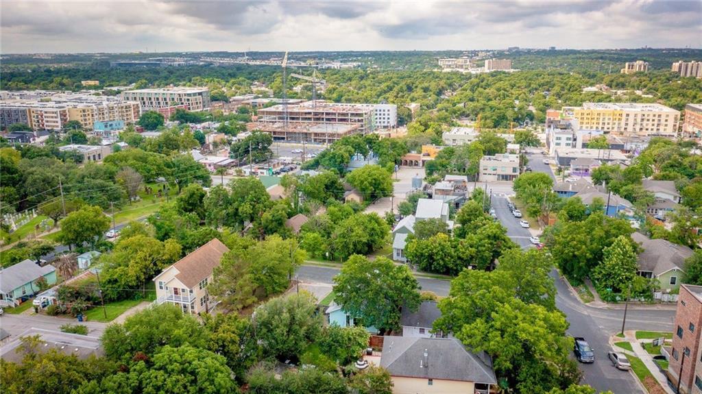 Active | 1202 E 8th Street Austin, TX 78702 29