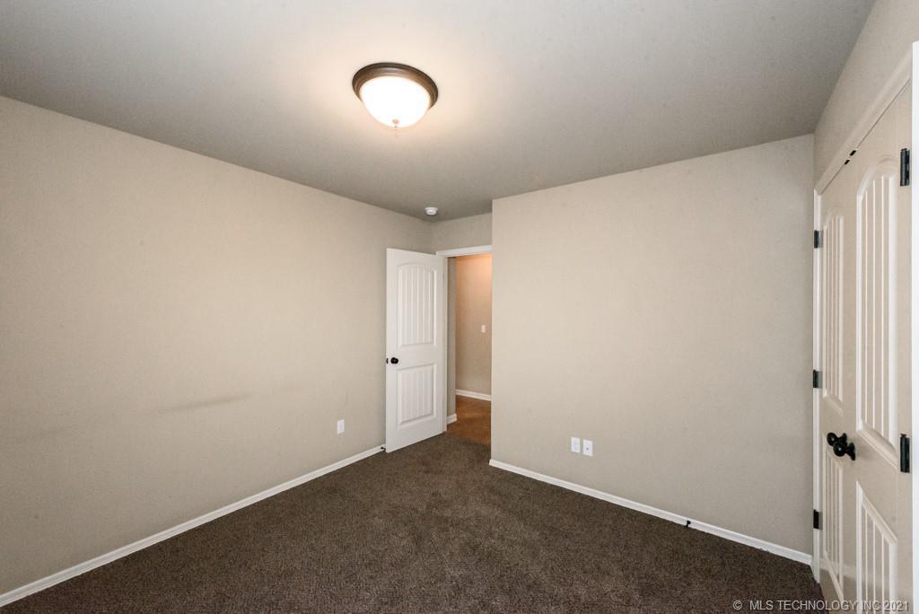 Active | 8429 N 77th East Avenue Owasso, Oklahoma 74055 20