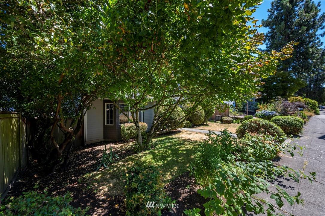 Sold Property   7722 16th Avenue NE Seattle, WA 98115 2