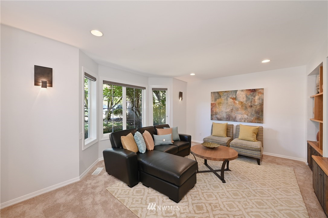 Sold Property   7722 16th Avenue NE Seattle, WA 98115 6