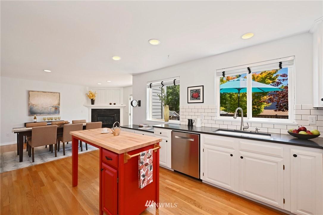 Sold Property   7722 16th Avenue NE Seattle, WA 98115 7