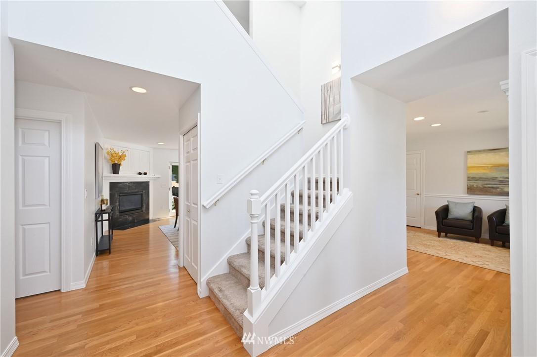 Sold Property   7722 16th Avenue NE Seattle, WA 98115 11
