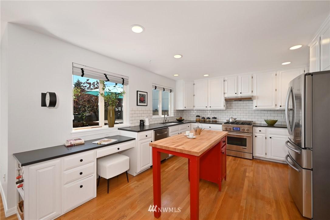 Sold Property   7722 16th Avenue NE Seattle, WA 98115 22