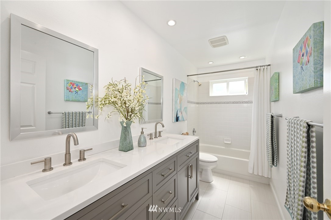 Sold Property   7722 16th Avenue NE Seattle, WA 98115 25