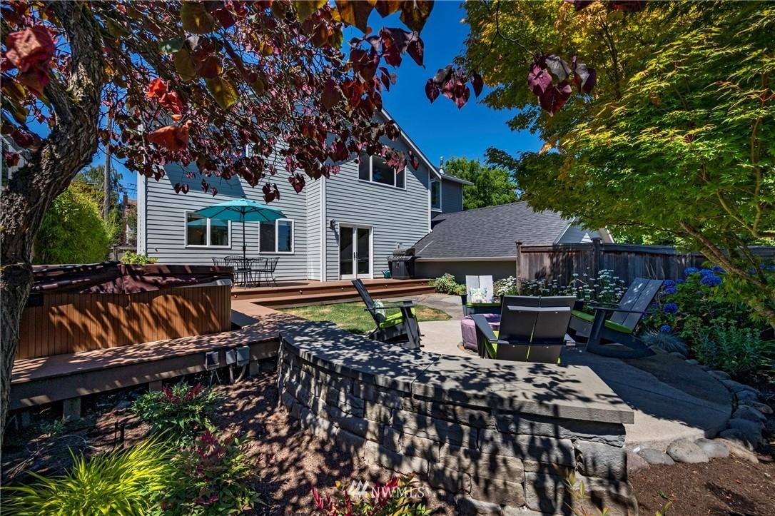 Sold Property   7722 16th Avenue NE Seattle, WA 98115 32