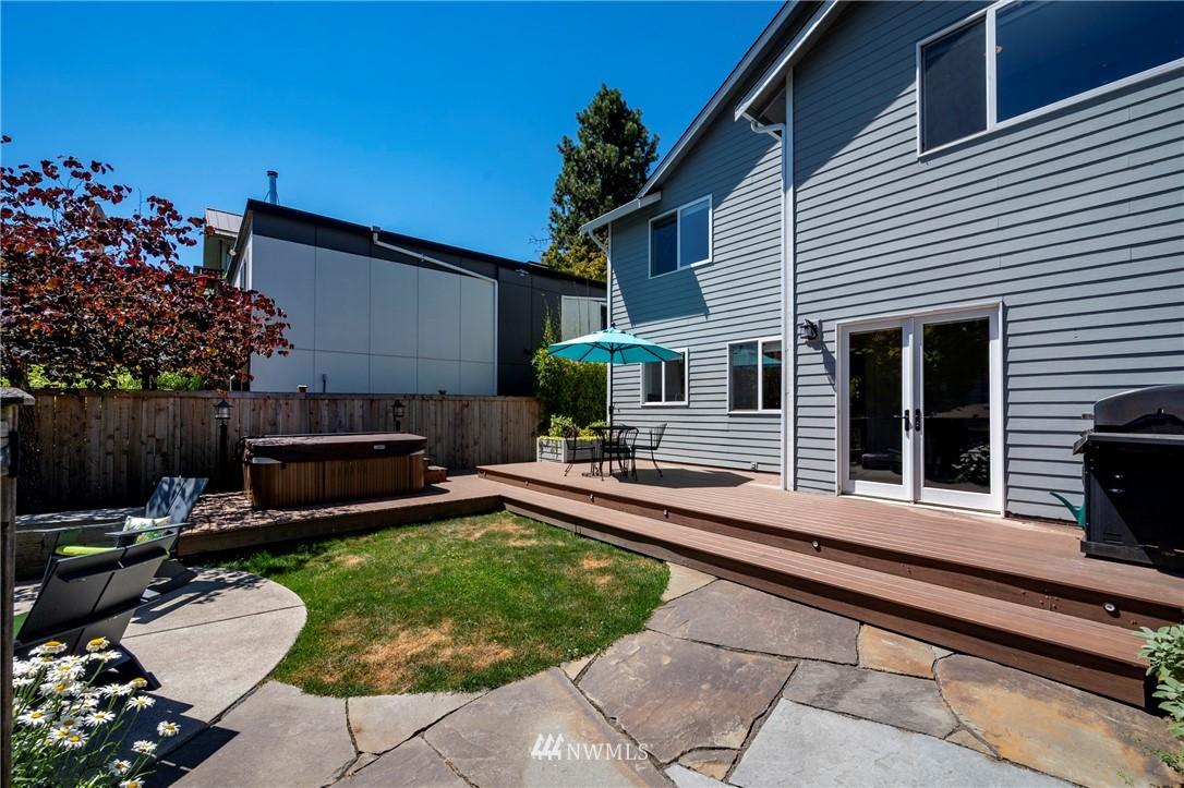 Sold Property   7722 16th Avenue NE Seattle, WA 98115 36