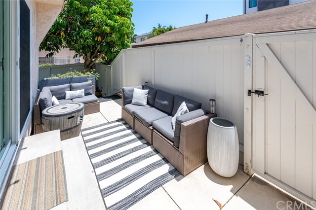 Active Under Contract | 108 S Irena Avenue #F Redondo Beach, CA 90277 32