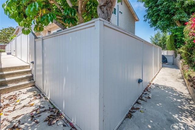 Active Under Contract | 108 S Irena Avenue #F Redondo Beach, CA 90277 40