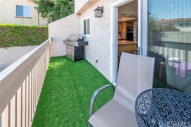 Active Under Contract | 108 S Irena Avenue #F Redondo Beach, CA 90277 16