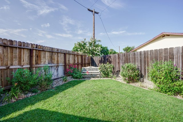 Closed   1256 Santa Maria Street Los Banos, CA 93635 14